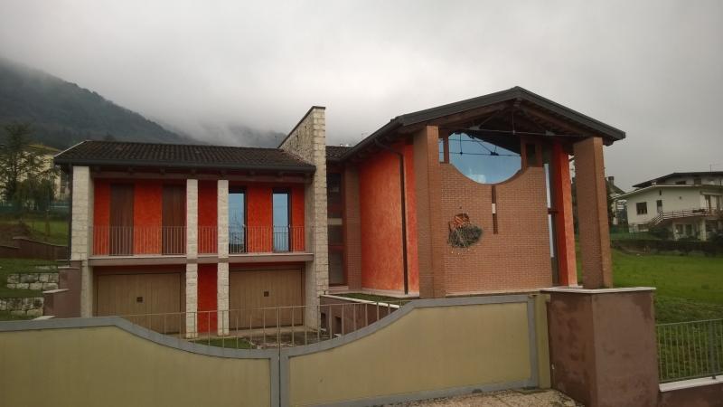 Casa classica moderna architetti piovene rocchette for Casa moderna classica